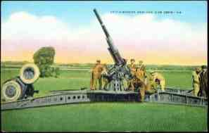 1940s WWII US Army Anti Aircraft Gun and Crew Linen Postcard